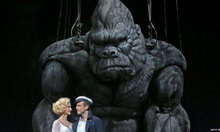 Te vas a morir de impresión con el King Kong en Broadway