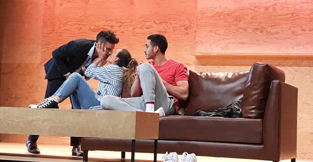 Erick Elías, Zuria Vega y Alejandro Speitzer en Straight.