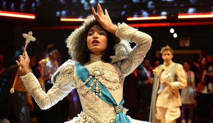Pose – Review