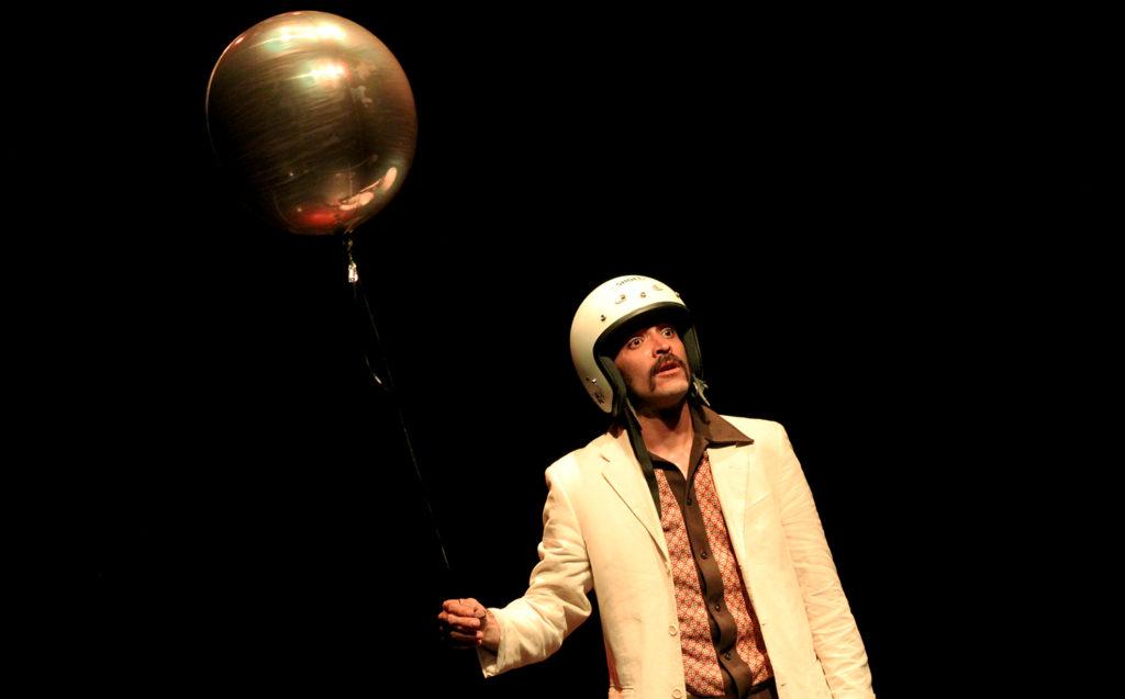 REM de Rafael Balderas en Un Teatro.