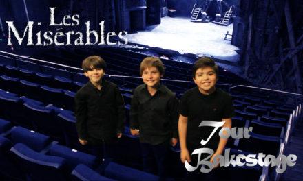 Tour backstage de Les Mis con los niños Gavroche