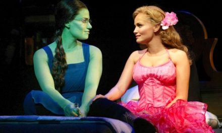 Idina y Kristin Chenoweth juntas de nuevo para Wicked