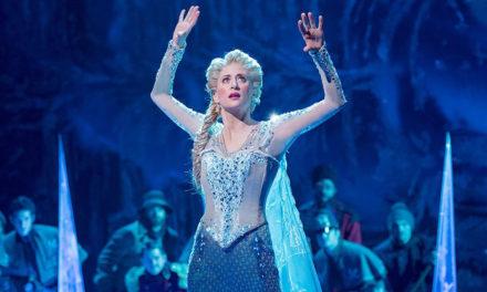 Actor de Frozen pone en su lugar a protestante pro-Trump