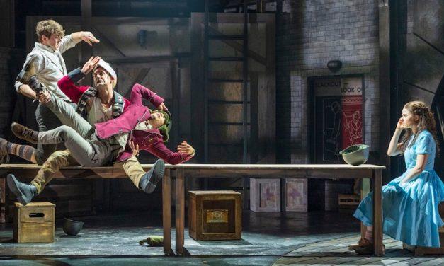 El musical de Alice By Heart se ve como toda una locura
