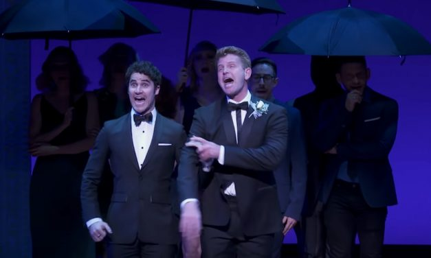 Darren Criss triunfa cantando Getting Married Today
