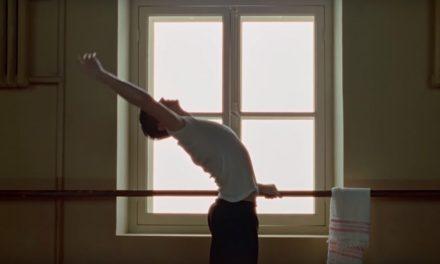 La película de Nureyev ya tiene trailer y estamos en puntas