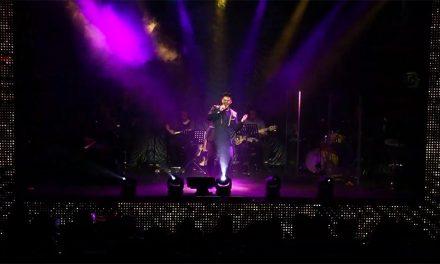 Boca en el piso con Diego Medel cantando a Judas