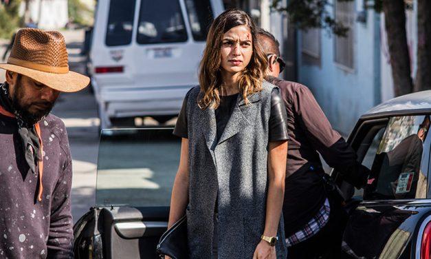 Melissa Barrera se volvió hasta stunt para Dos Veces Tú