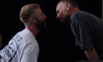 Estrenarán Rush, la obra queer, no en Londres, pero en Zoom