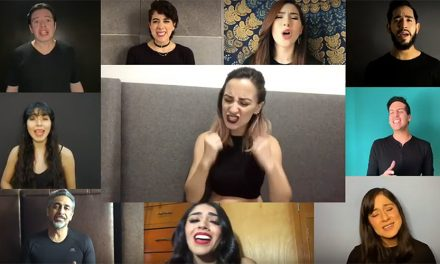 Teatreros levantan la voz cantando un himno de Hairspray