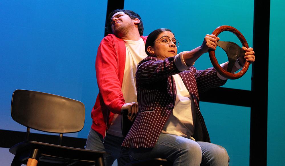 Chico Conoce A Chica en el Teatro Milán