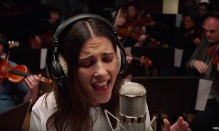 Escucha la nueva canción original de Aladdin