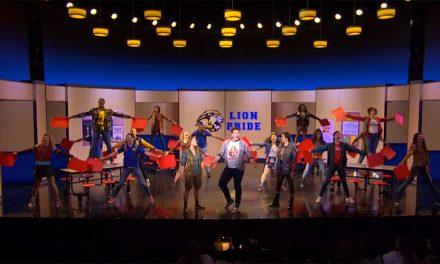 Mira el número de Damian en Mean Girls el musical